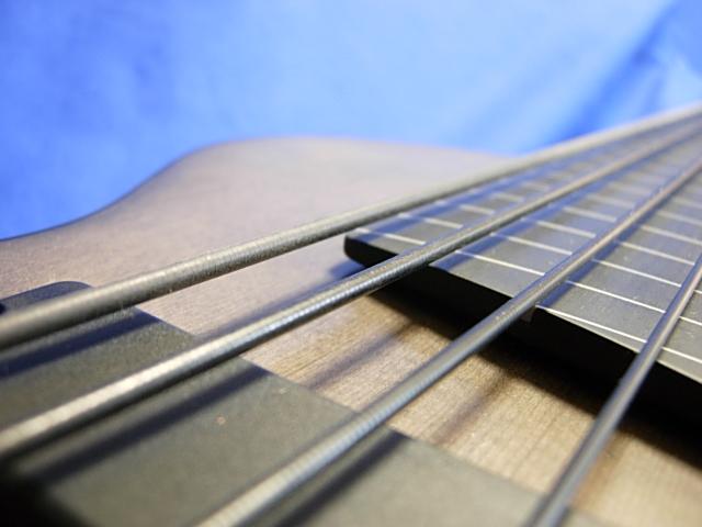 #505 Mark IV 6 String Fretless