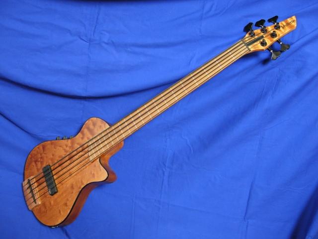 #148 Mark IV 5 String Fretless